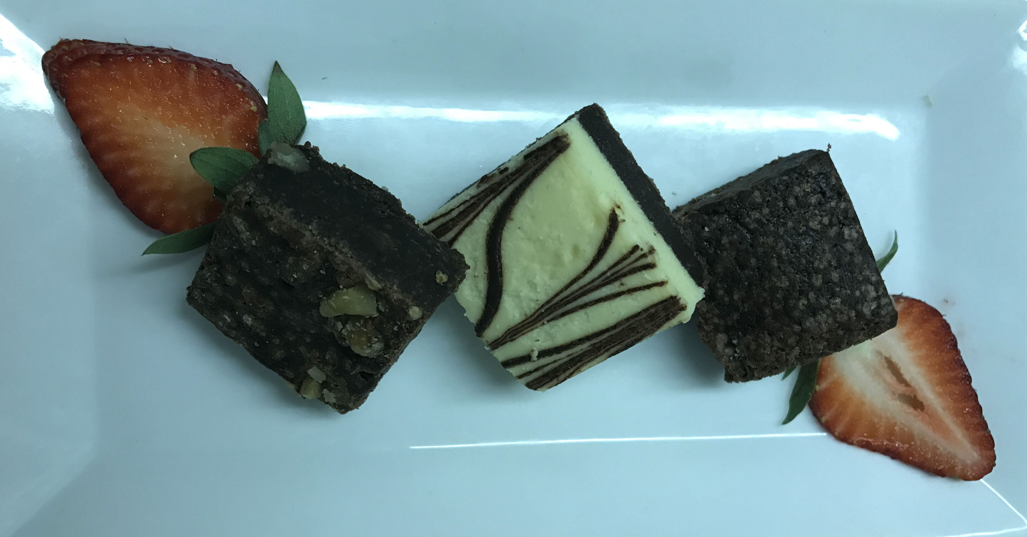 Our Midtown West NYC Drop-Off Catering Has Brownies!