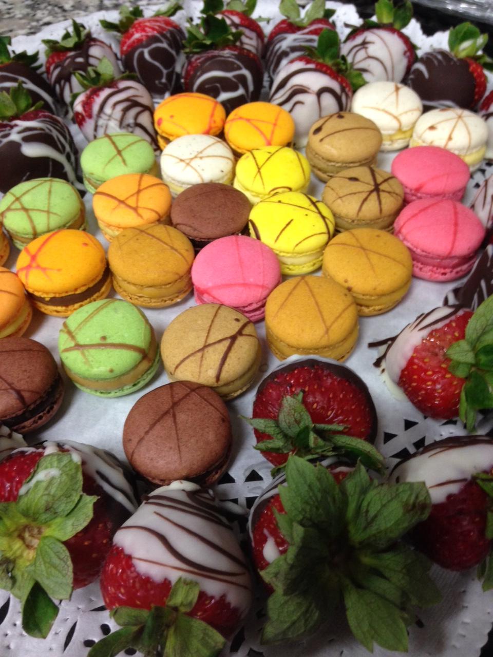 French Macaron & Dark Chocolate Dipped Strawberry